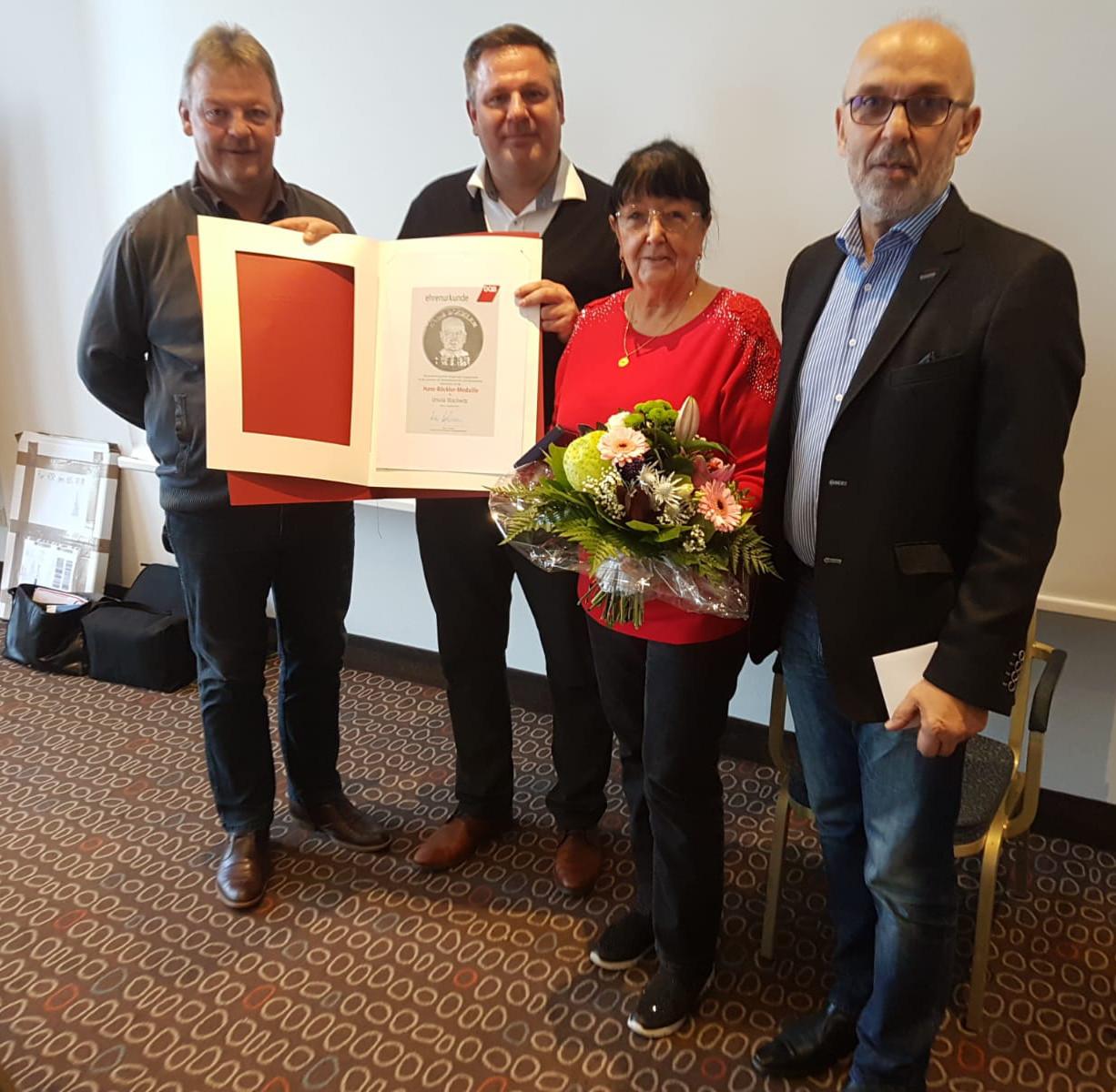 Kollegin der IG BAU erhält Auszeichnung