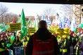 Warnstreik in Dresden auf dem Carolaplatz